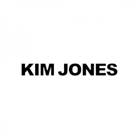 キム ジョーンズのロゴ