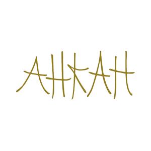 アーカーのロゴ